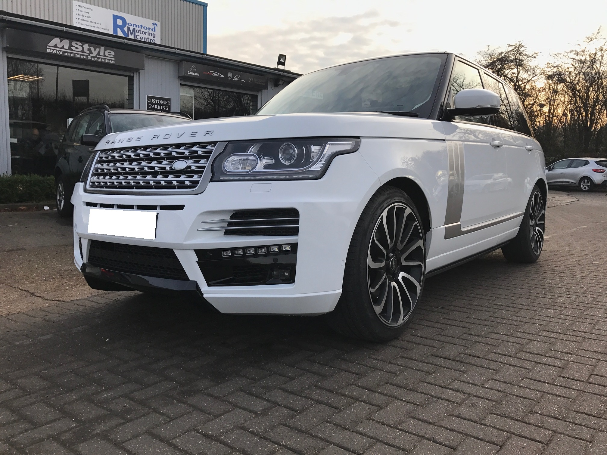 Range Rover - Exterior styling
