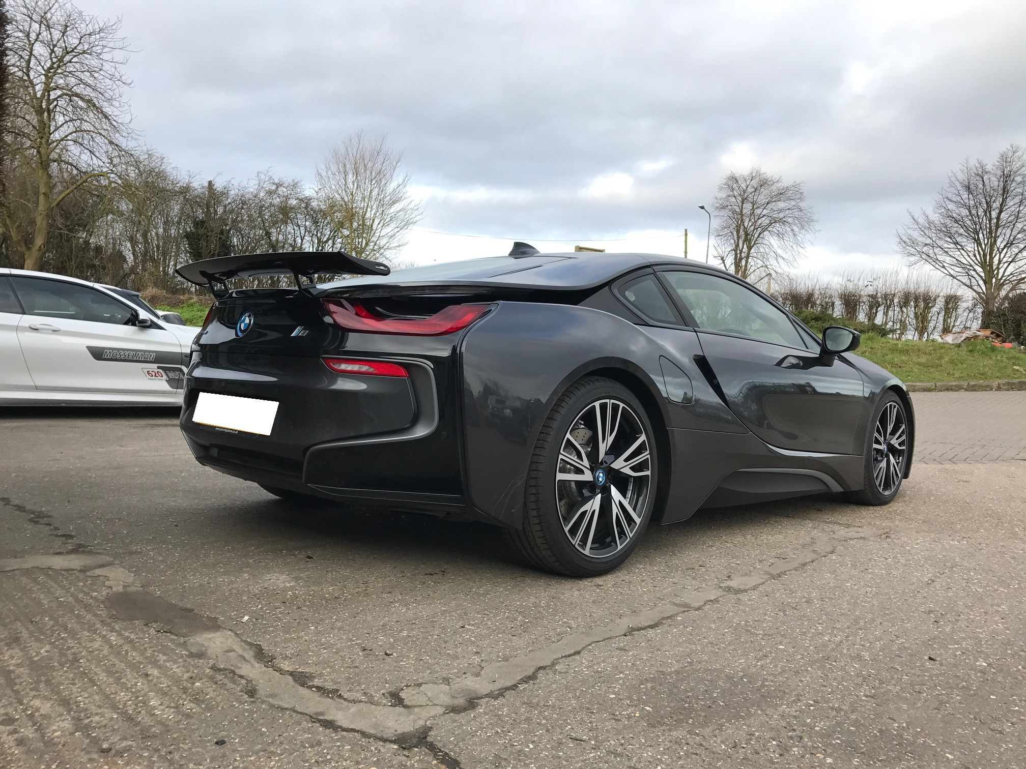 i8 - Exterior styling